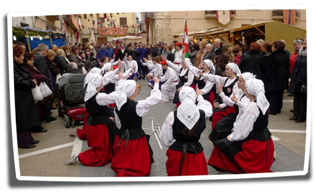 Fireta San Antoni en Muro de Alcoy - Espectáculo tradicional